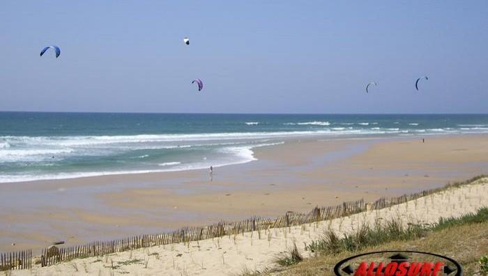 Wind report Lacanau Océan - La Sud - France (33) 2007-05-22 16:00:00