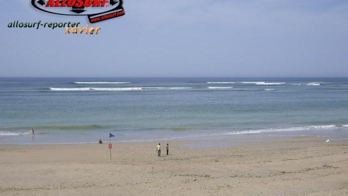 Surf report Les Huttes - France (17) 2007-08-05 15:00:00