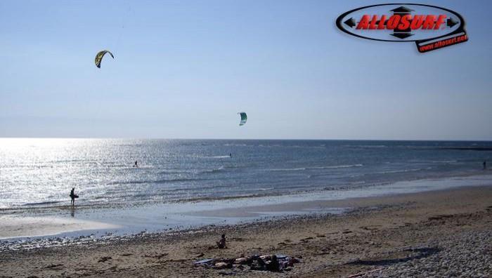 Wind report Les Huttes - Trois Pierres - France (17) 2007-08-09 12:00:00