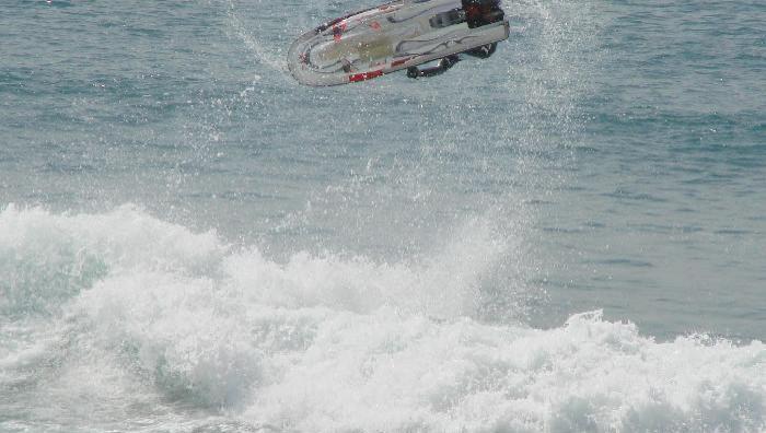 Surf report Montalivet - France (33) 2007-04-28 10:00:00