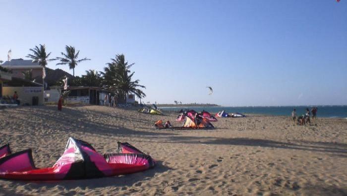 Wind report Cabarete - Kitebeach - République Dominicaine (DO) 2008-02-11 15:00:00
