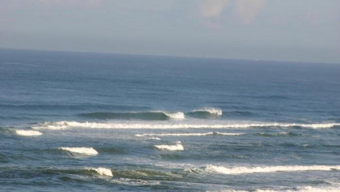 Surf report Vieux Boucau - France (40) 2008-04-14 10:00:00