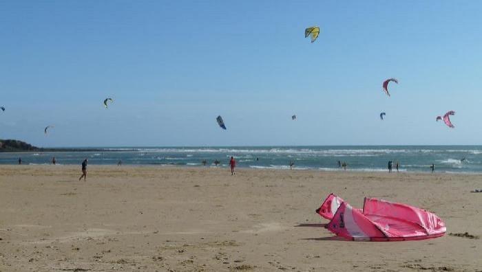 Wind report Plage du Veillon - France (85) 2008-08-08 16:00:00