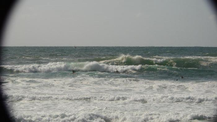 Surf report Capbreton - La Centrale - France (40) 2008-08-13 14:00:00