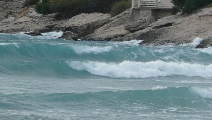 Surf report La Couronne - France (13) 2008-11-02 12:00:00