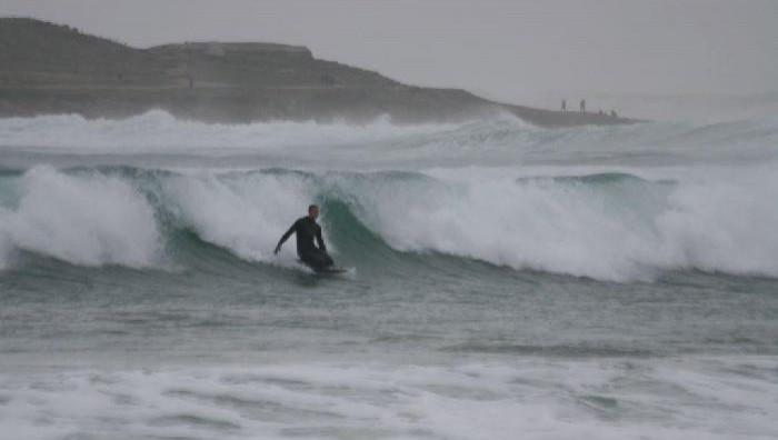 Surf report Pors Carn - France (29) 2008-11-10 15:00:00
