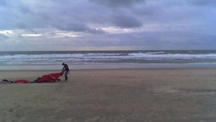 Wind report Hourtin Océan - Plage Sud - France (33) 2008-11-22 16:00:00