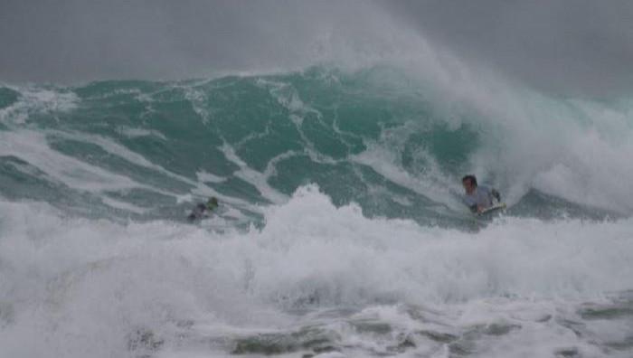 Surf report La Torche - France (29) 2008-11-29 12:00:00