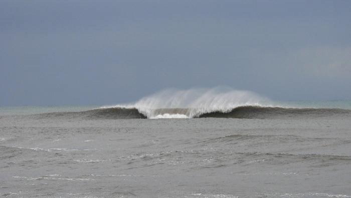 Surf report Bastia - Plage Arinella - France (2B) 2008-12-01 10:00:00
