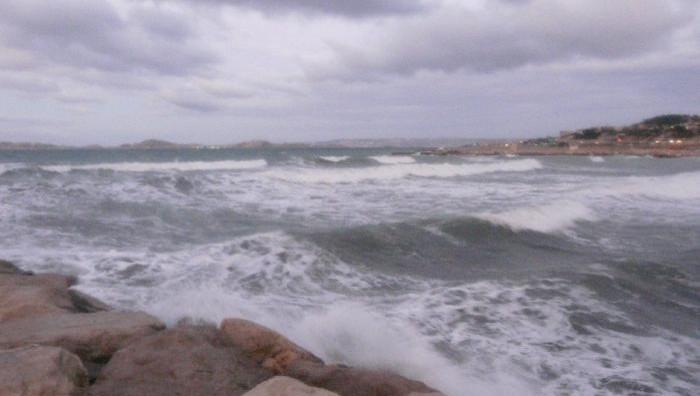 Surf report Le Prado - France (13) 2008-12-06 07:00:00