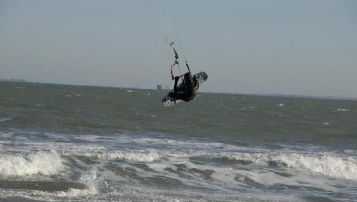 Wind report Plaisance - France (17) 2008-12-23 11:00:00