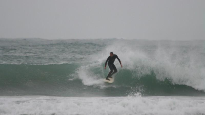 Surf report Pors Carn - France (29) 2008-11-10 12:00:00
