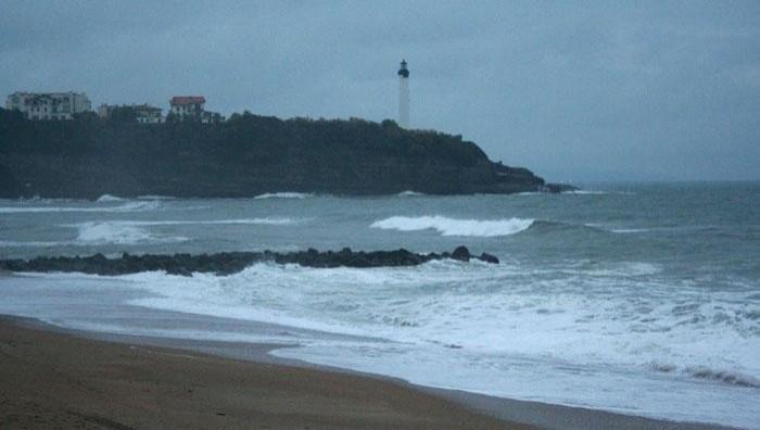 Surf report Anglet VVF - France (64) 2008-11-19 12:00:00