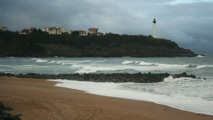 Surf report Anglet VVF - France (64) 2008-11-21 12:00:00