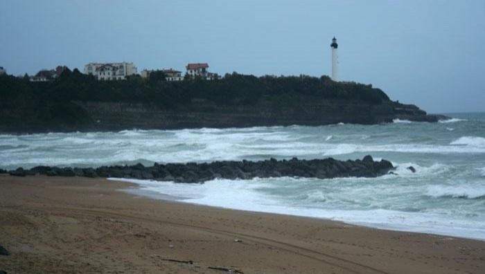 Surf report Anglet VVF - France (64) 2008-11-22 12:00:00
