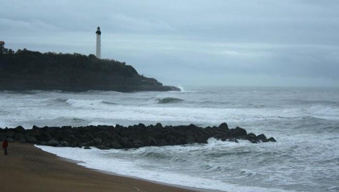 Surf report Anglet VVF - France (64) 2008-11-23 12:00:00