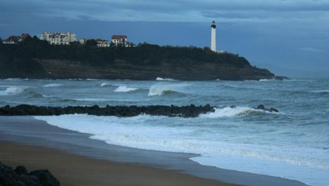 Surf report Anglet VVF - France (64) 2008-12-02 12:00:00