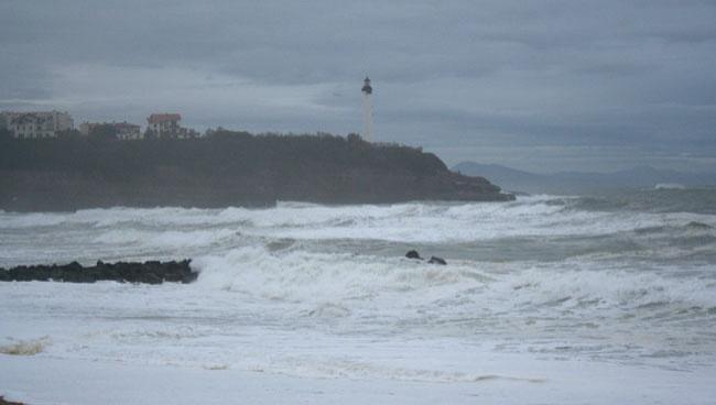 Surf report Anglet VVF - France (64) 2008-12-04 12:00:00