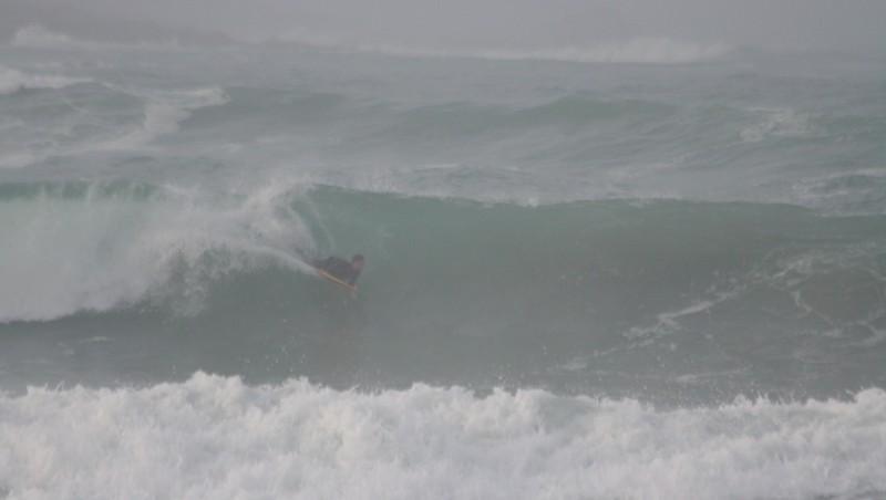 Surf report Pors Carn - France (29) 2008-12-06 12:00:00