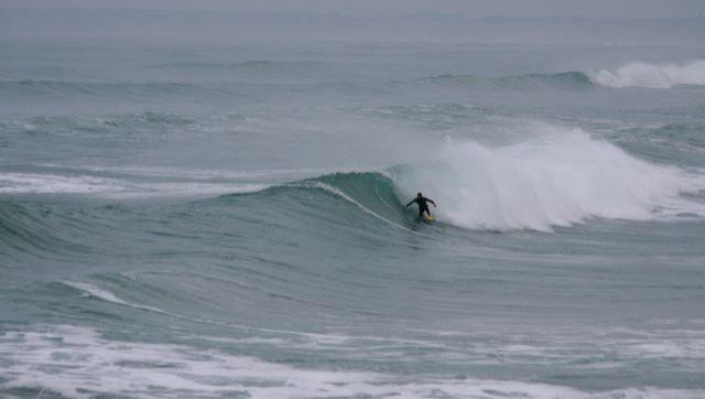 Surf report La Torche - France (29) 2008-12-22 12:00:00