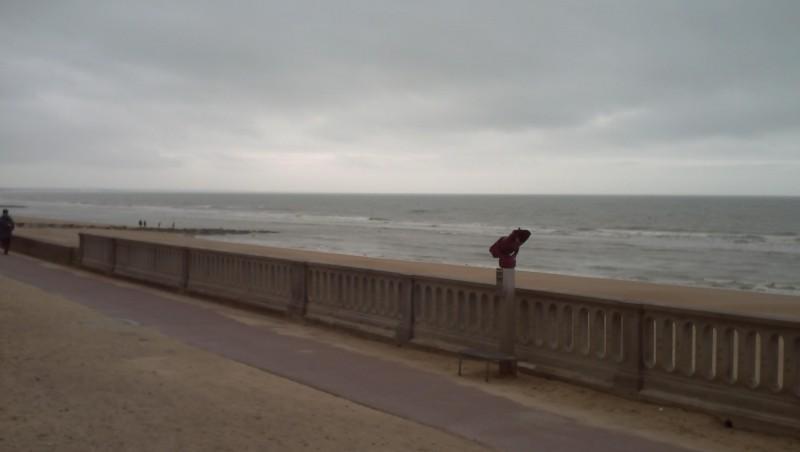 Surf report Le Menhir - France (14) 2008-04-02 12:00:00