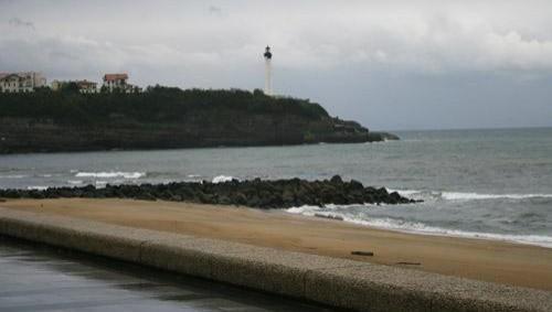 Surf report Anglet VVF - France (64) 2008-04-17 12:00:00