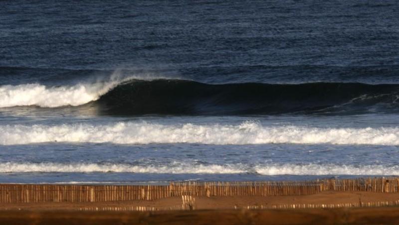 Surf report Hossegor - La Nord - France (40) 2008-04-19 12:00:00
