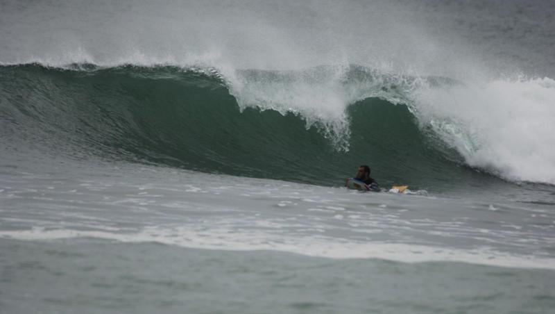 Surf report Guidel-Plage - France (56) 2008-04-20 12:00:00
