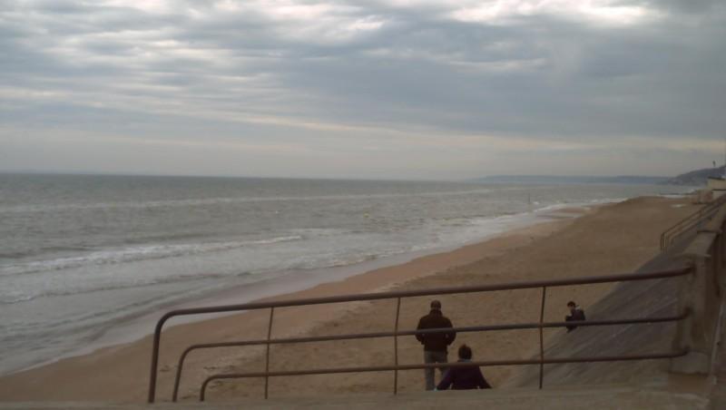 Surf report Le Menhir - France (14) 2008-04-20 12:00:00