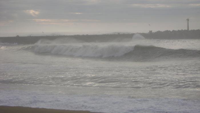 Surf report Anglet La Barre - France (64) 2009-01-29 17:00:00