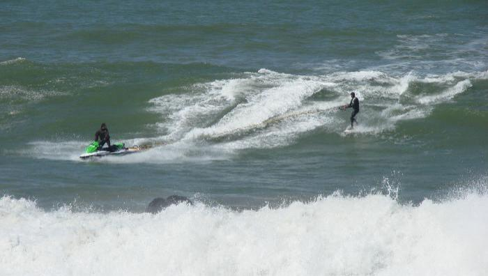 Surf report La Torche - France (29) 2009-05-02 12:00:00