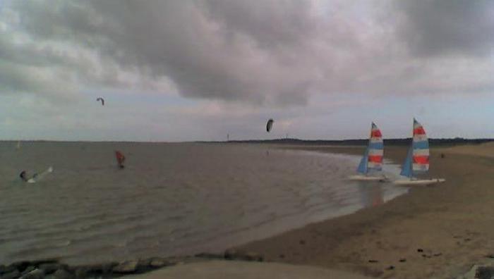Wind report La Palmyre - Bonne-Anse - France (17) 2009-05-17 13:00:00