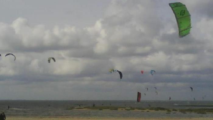 Wind report La Hume - France (33) 2009-07-07 14:00:00