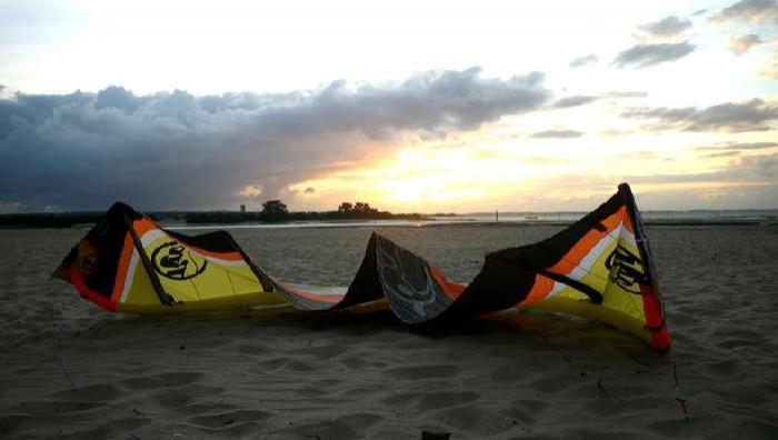 Wind report La Hume - France (33) 2009-07-07 19:00:00