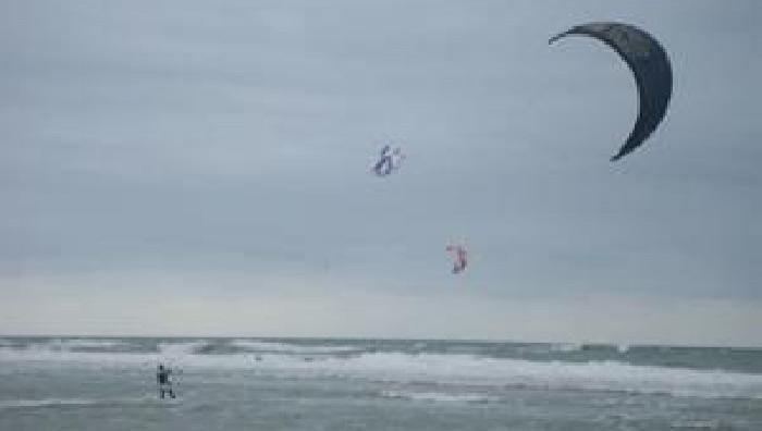 Wind report Lacanau Océan - La Sud - France (33) 2009-07-18 13:00:00