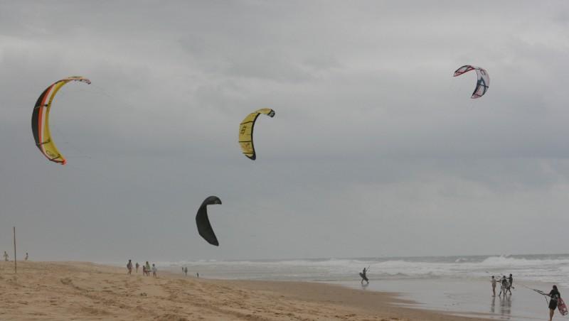 Wind report Lacanau Océan - La Sud - France (33) 2009-07-19 17:00:00