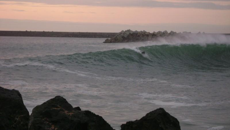 Surf report Anglet Les Cavaliers - France (64) 2009-08-25 19:00:00