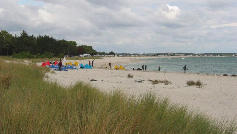 Wind report Les sables blancs - France (56) 2009-09-15 13:00:00