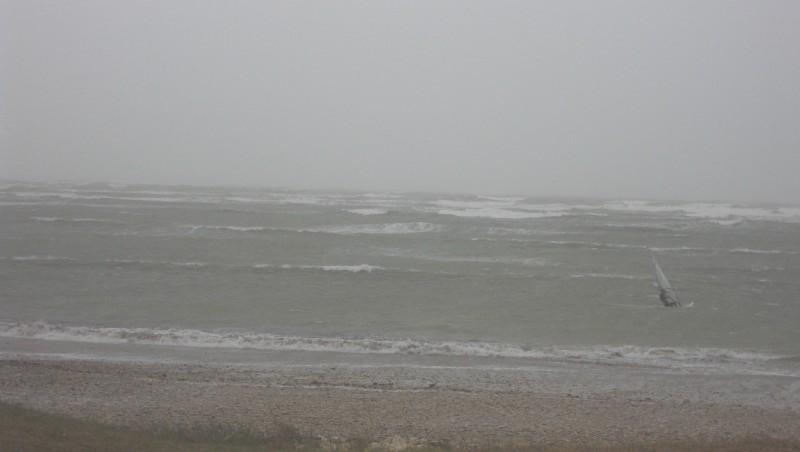 Wind report Les Huttes - Trois Pierres - France (17) 2009-11-22 14:00:00