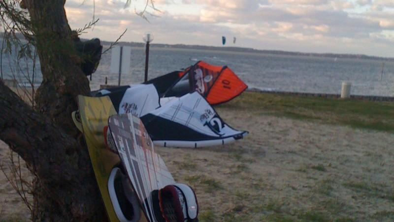 Wind report Arcachon - Les Arbousiers - France (33) 2009-12-20 12:00:00