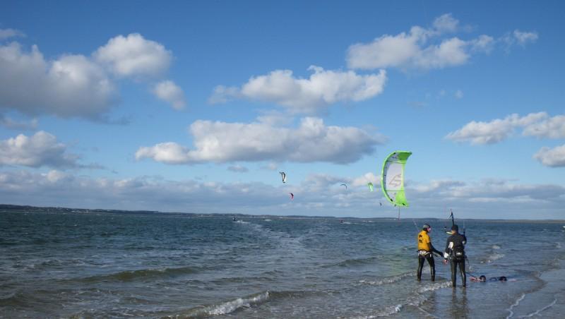 Wind report Arcachon - Les Arbousiers - France (33) 2009-12-20 13:00:00