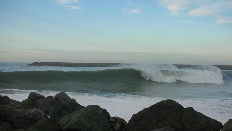 Surf report Anglet La Barre - France (64) 2009-01-16 12:00:00