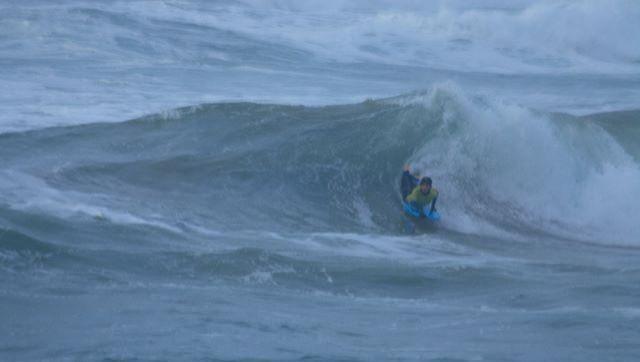 Surf report La Torche - France (29) 2009-01-17 12:00:00