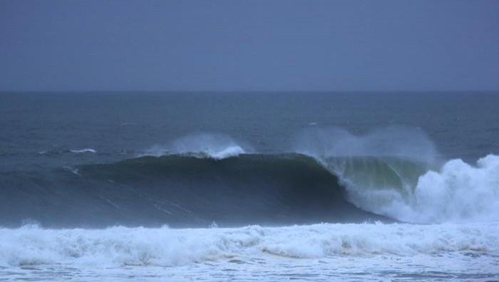 Surf report Hossegor - La Nord - France (40) 2009-01-22 12:00:00
