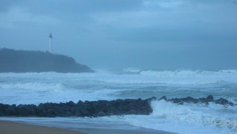 Surf report Anglet VVF - France (64) 2009-01-26 12:00:00