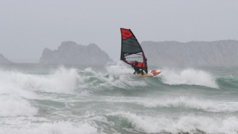 Surf report La Palue - France (29) 2009-04-09 12:00:00
