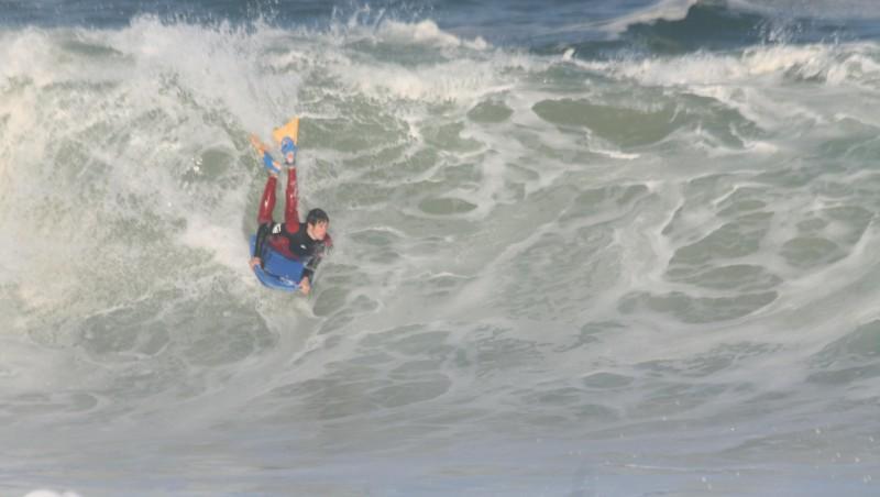 Surf report Hossegor - La Gravière - France (40) 2009-05-03 12:00:00