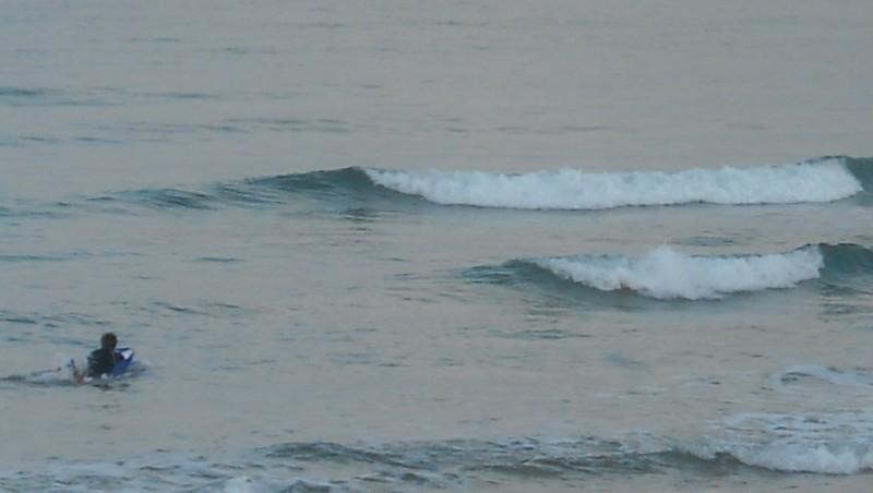 Surf report Le Trillou - France (17) 2009-08-11 08:30:00