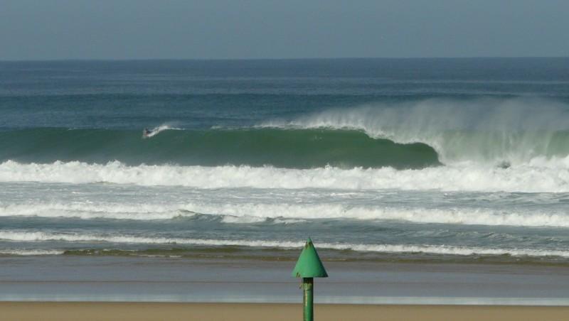 Surf report Mimizan - Plage Garluche - France (40) 2009-08-22 09:30:00