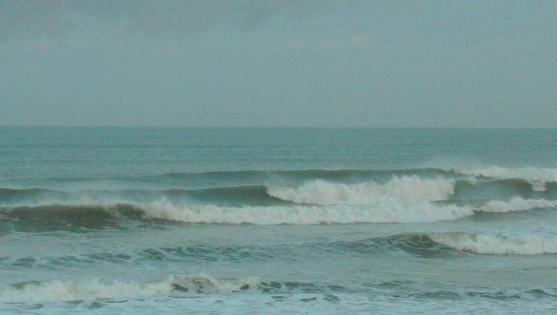 Surf report Le Trillou - France (17) 2009-08-26 07:30:00